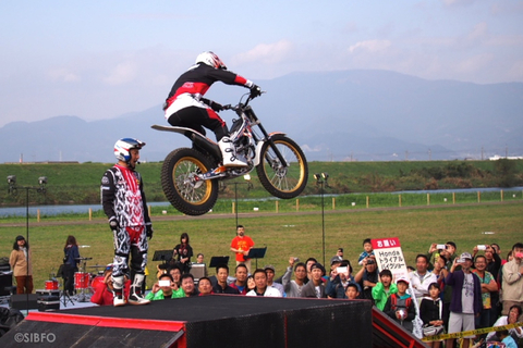 Honda Trial Bike Show.jpg