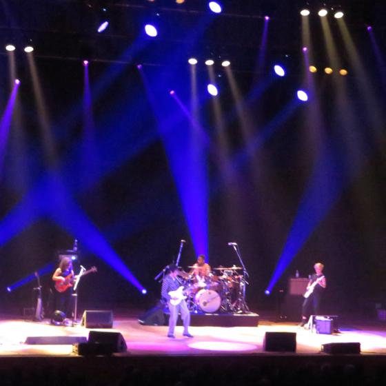 Jeff Beck - 17.jpg