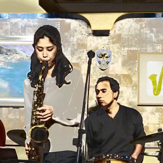 Plays Jazz Standerds - 20.jpg