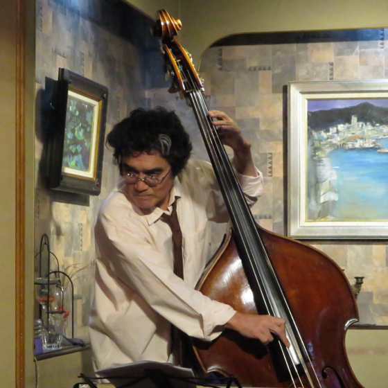 Plays Jazz Standerds - 27.jpg