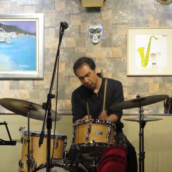 Plays Jazz Standerds - 29.jpg